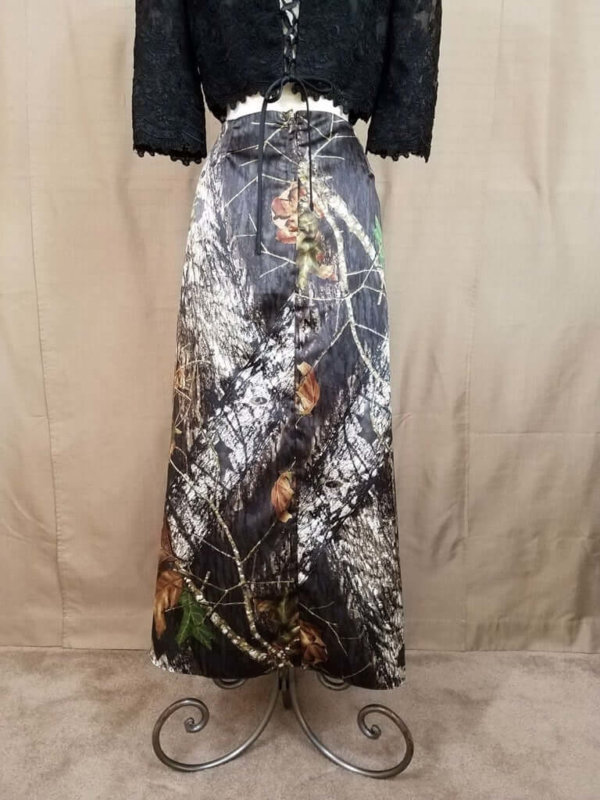 AE-B-5 Full Length Skirt Back Camo Bridesmaid Skirt (image)