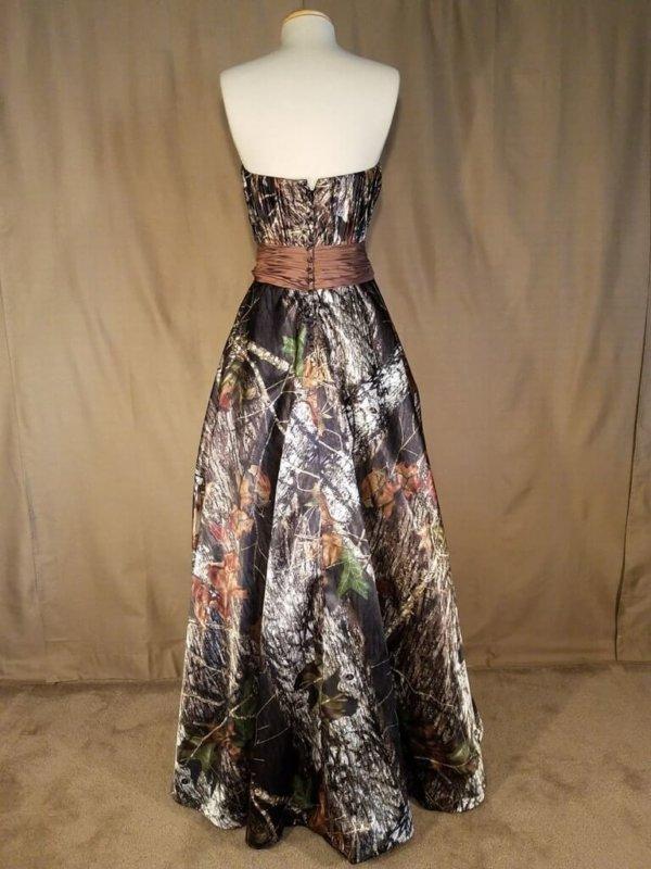ATOC-0517B-IS-MOBU,MC-6 Olivia Full Back Camo Bridesmaid Dress (image)