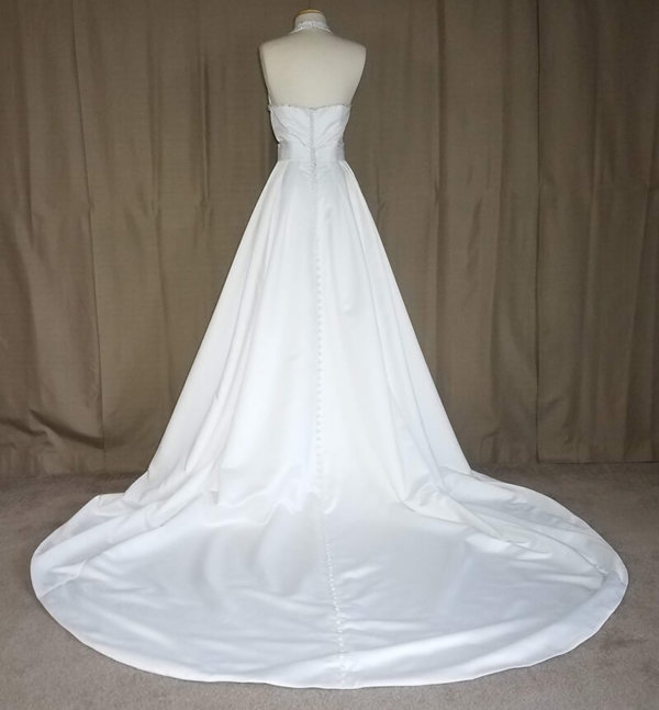 Halter Wedding Gown Angel Q Chapel Train