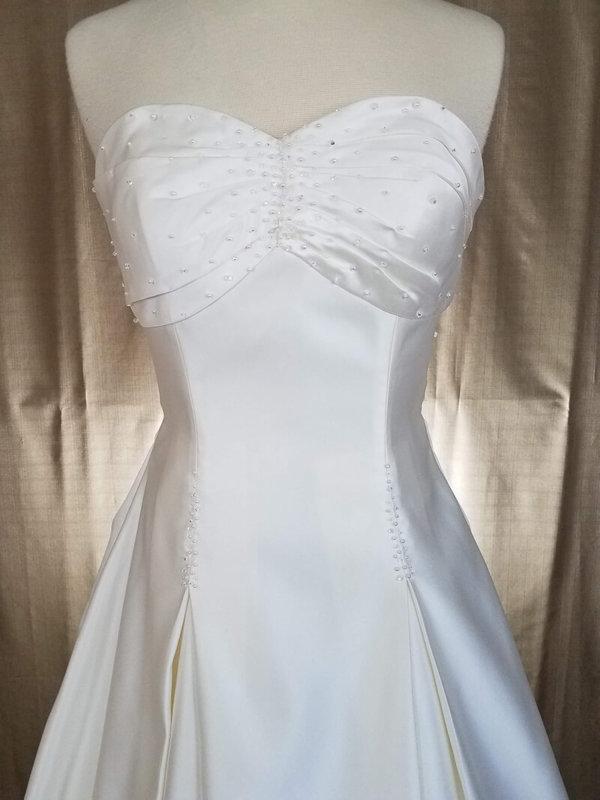 Gathered Skirt Wedding Dress Helena Bodice