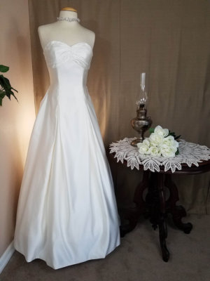 Gathered Skirt Wedding Dress Helena