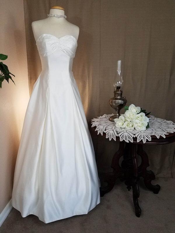 Gathered Skirt Wedding Dress Helena