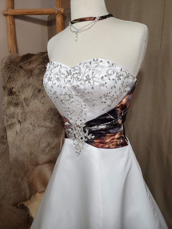Camo Wedding Dress Haley Bodice Alternate Side