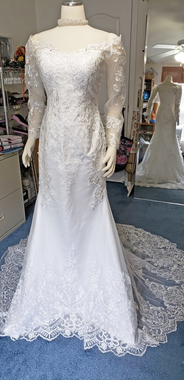 Kiana Mermaid Train Wedding Gown Front