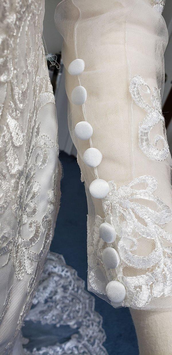 Kiana Mermaid Train Wedding Gown Sleeves