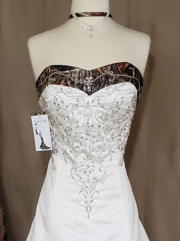 Camo trim wedding dress Elizabeth Bodice